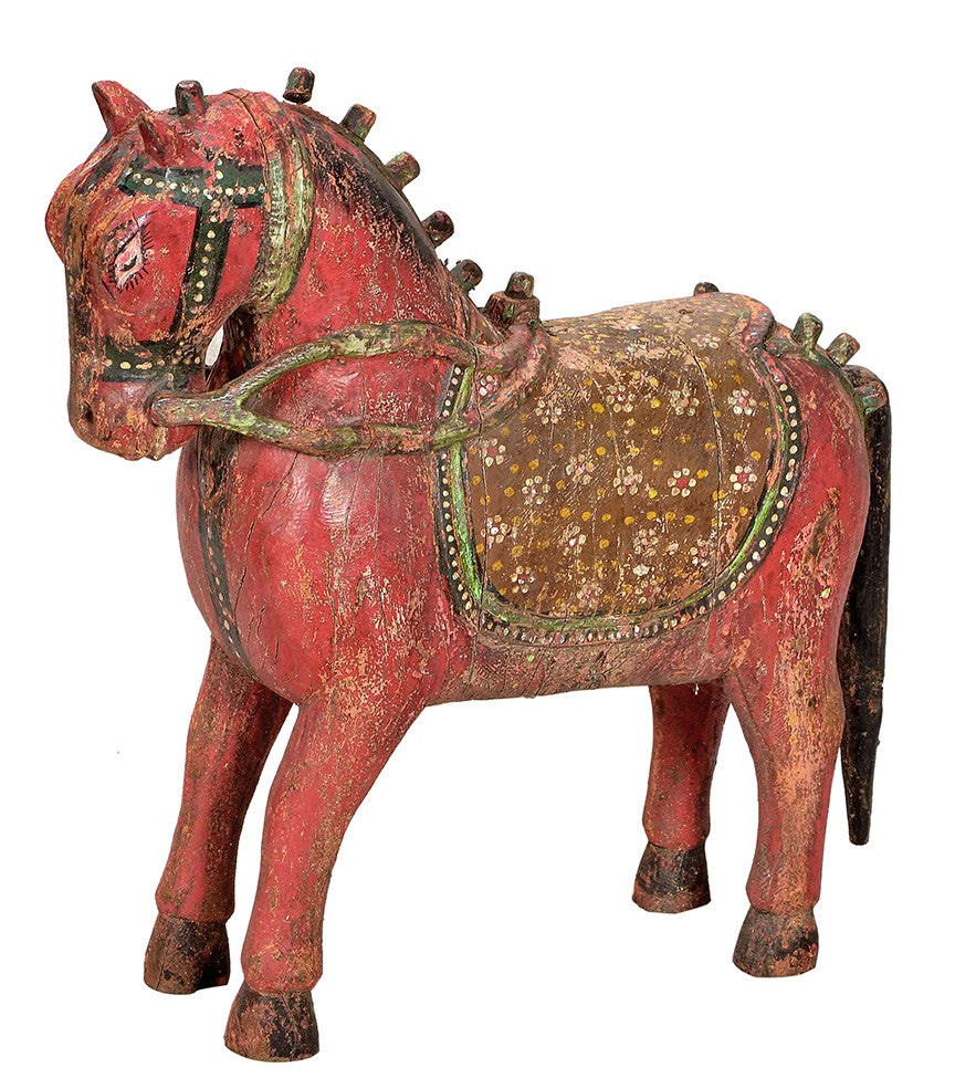 Red Horse Sculpture//Sculpture de Cheval Rouge