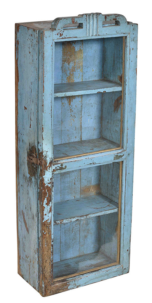 Wonders of the past: Rustic blue display cabinet//Merveilles du passé: Armoire bleue rustique