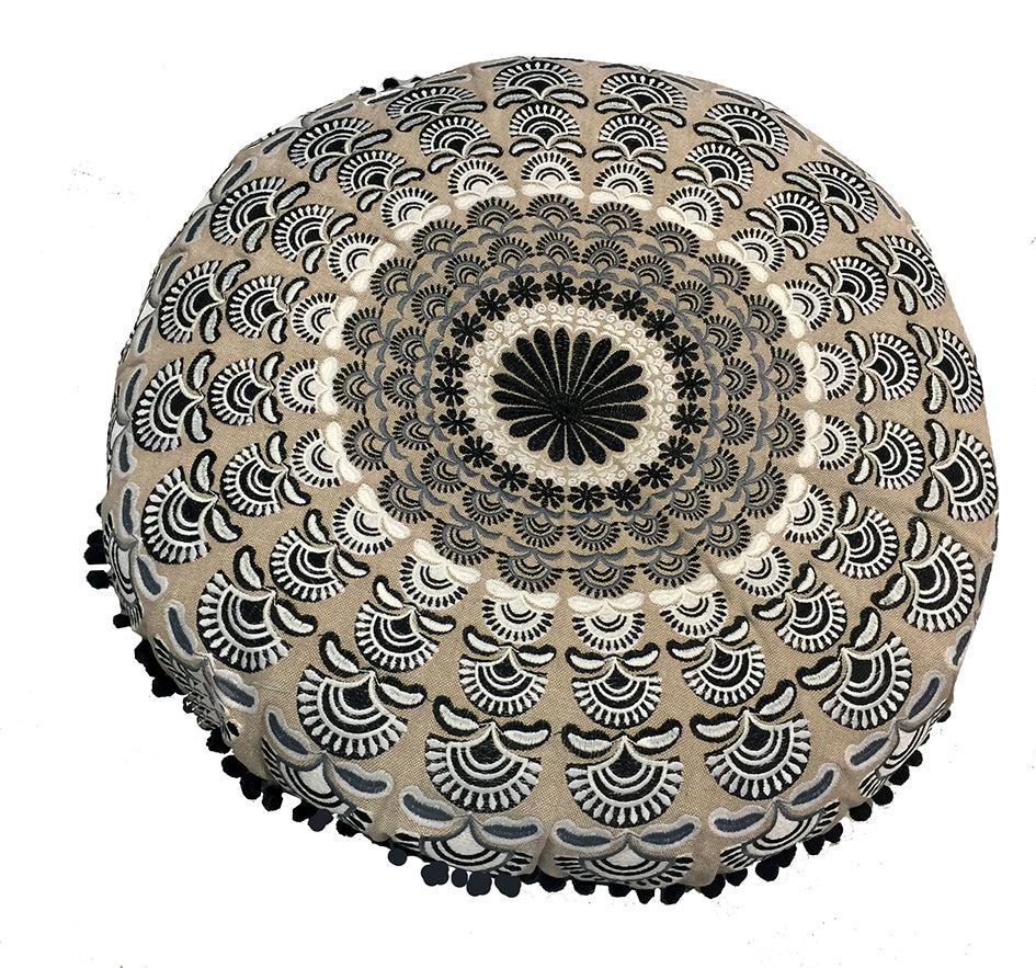Mandala collection: Large round cushion//Mandala collection: grand coussin rond