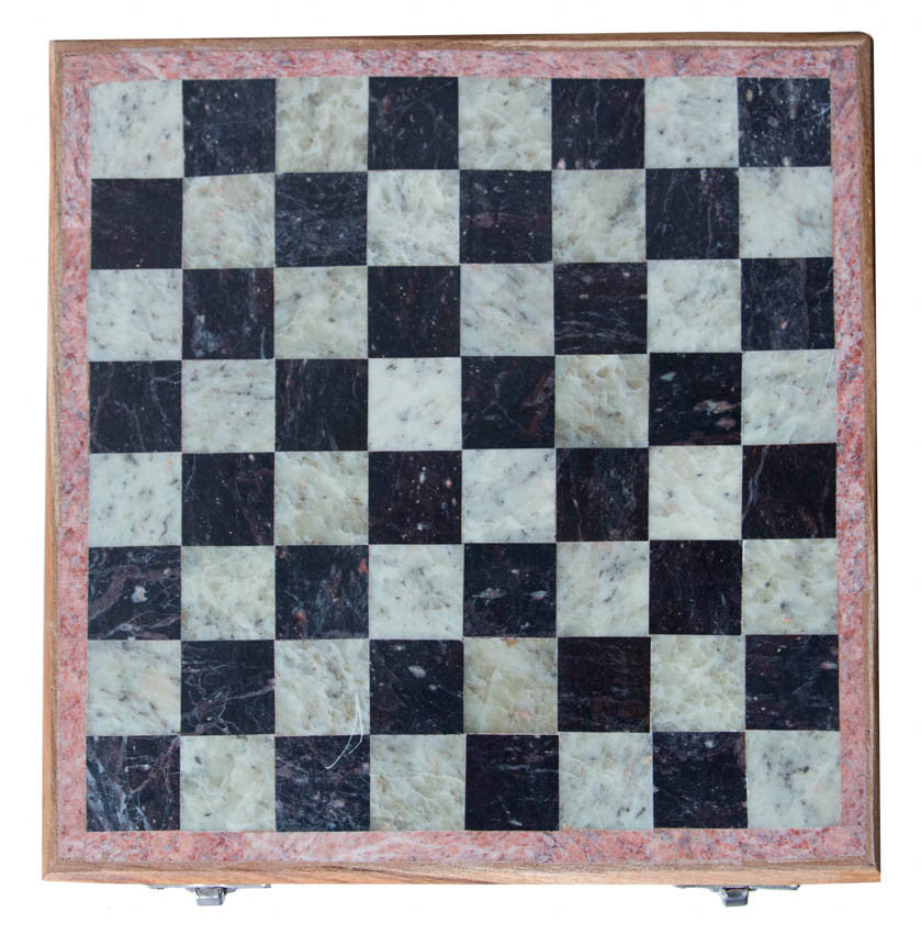 Chess Board//Échiquier