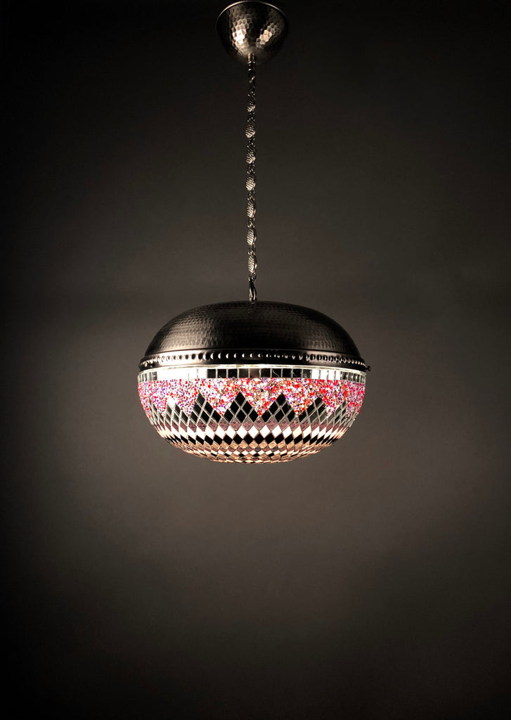 [[Single mosaic hanging light///Luminaire suspendu en mosaïque]]