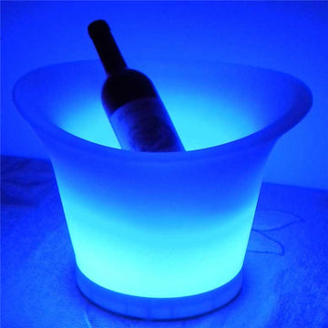 illuminated_ice_bucket_QXVF2I6HGJ38.jpg