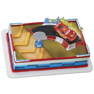 Cars 2 McQueen and Trophy Licensed Toy Cake