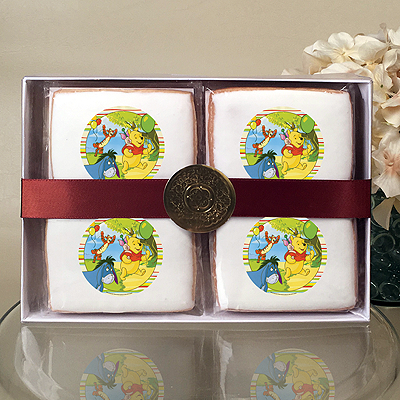 Winnie The Pooh Off To The Party! Cookie Gift Box