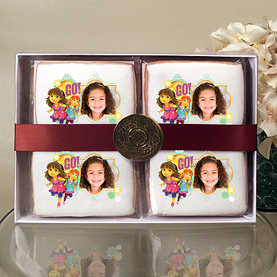 Dora & Friends Let's Go Cookie Gift Box