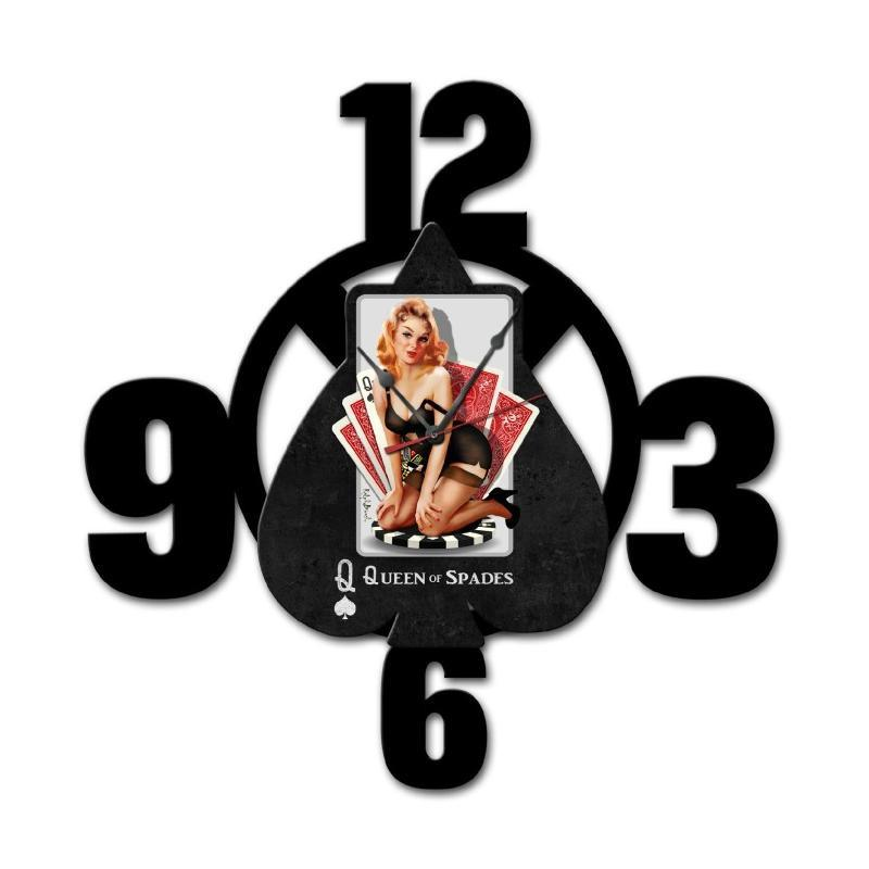 Queen Of Spades Layered Clock - Man Cave Ideas