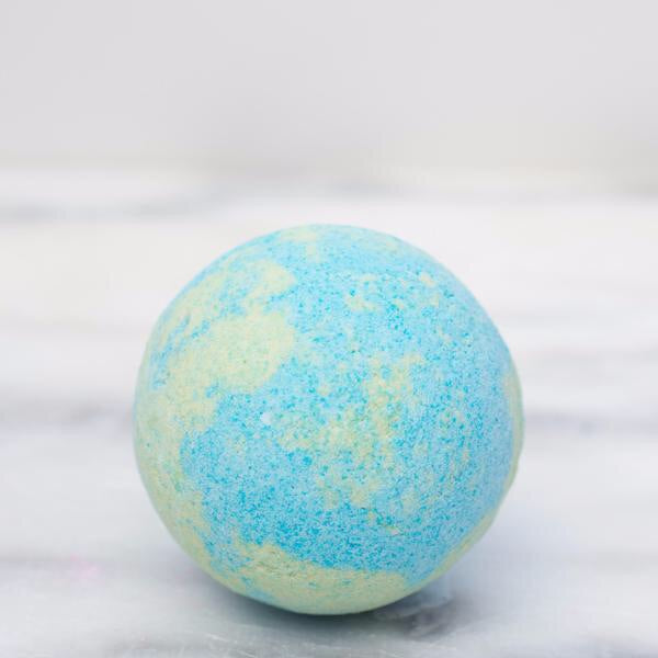Feeling Smitten- Just Breathe Bath Bomb