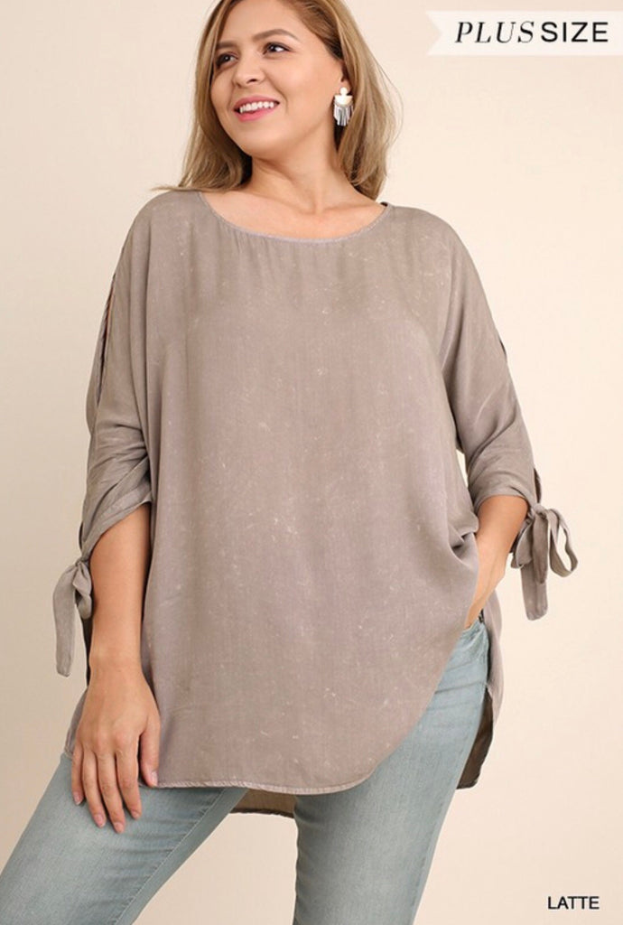 Simple and Savy Top