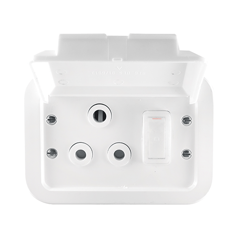 Crabtree - Industrial Single 16A Weatherproof Socket in Surface Box - Plastic - 1465W