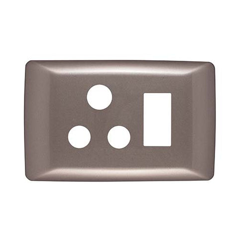 Diamond 16A Single Horizontal Socket Cover Plate 4 x 2 - Champagne