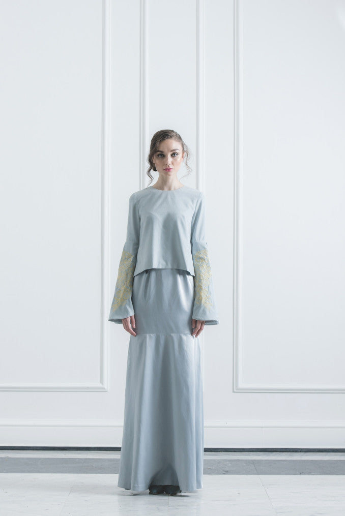 CHE' WAN Baju Kurung set in Light Blue