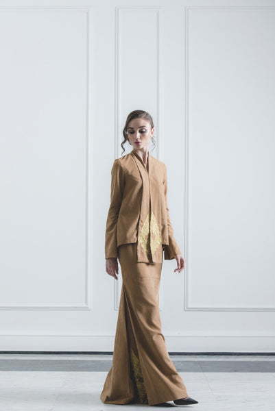 CHE' MAS Kebaya-cut Top with attached Gold-embroidery Sash in Brown