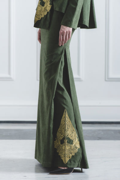 CHE' MAS Mermaid Skirt with Gold-embroidery at side-pleat in Green
