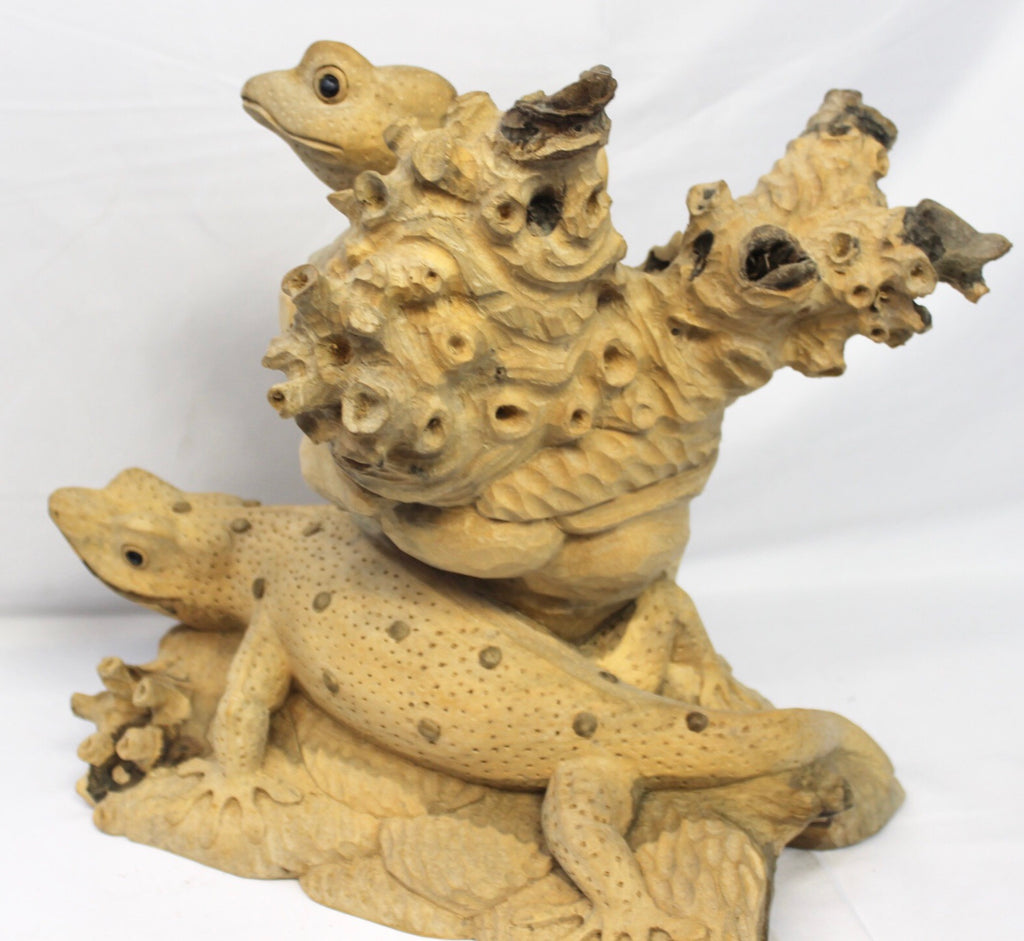 Lizard Gecko Reptile Parasite Handmade Wood carving - Acadia World Traders