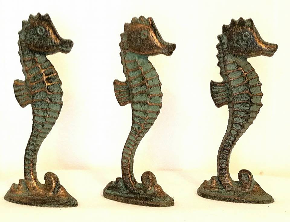 SET OF 3 SEAHORSES * Antiqued Brass Color