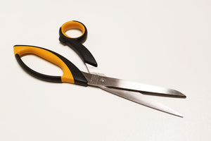 Carbon / Kevlar Cutting Shears