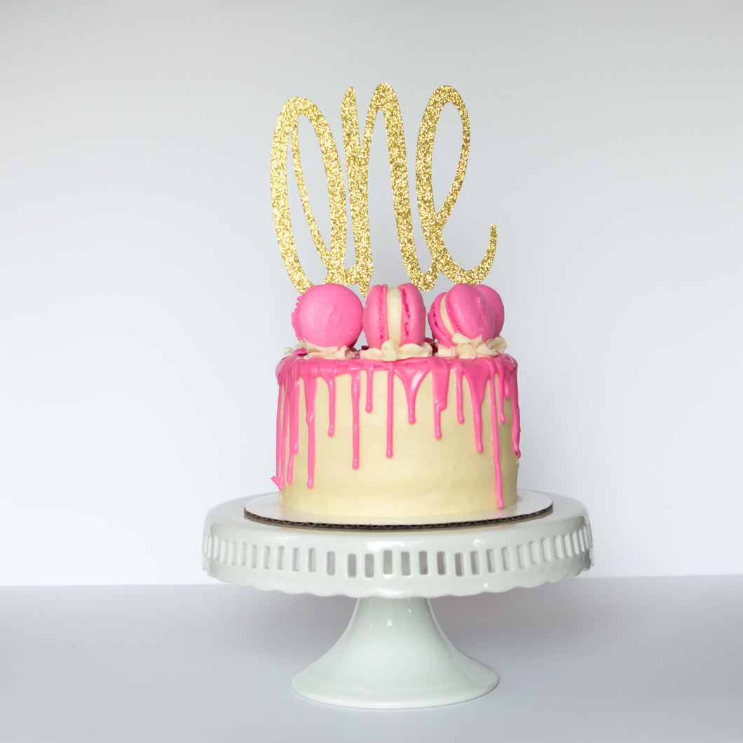 One Cake Topper - Glambanners - 1