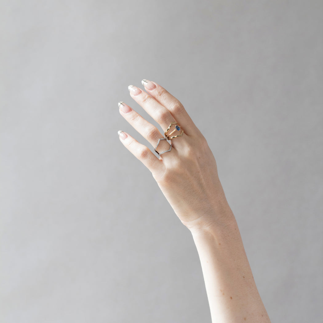 Minimalist Arc + Oblique Enclose Ring Set