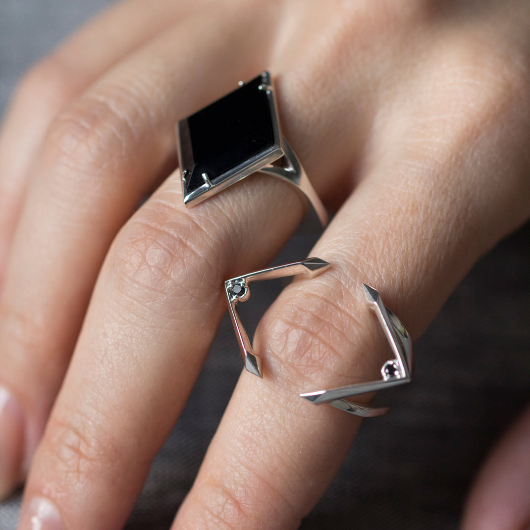 connecting wedding and engagement rings