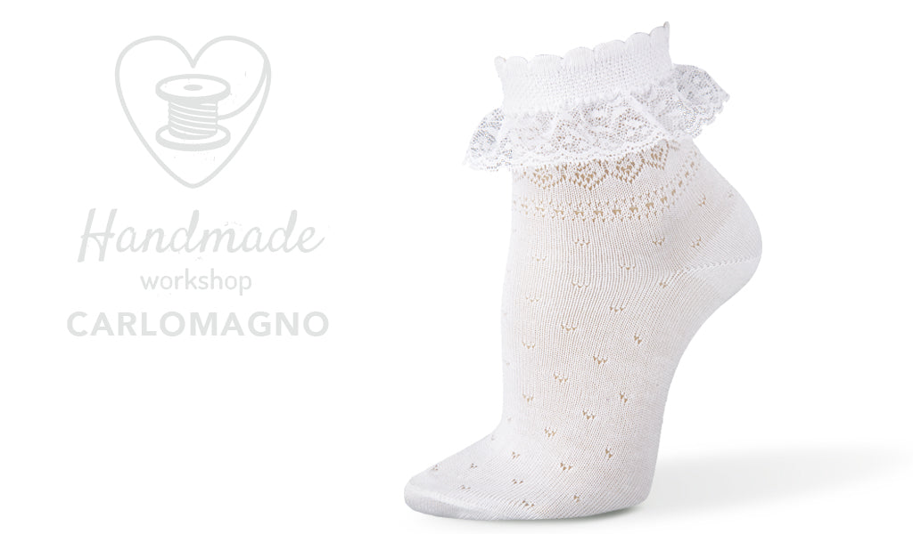Lace Ankle Socks-white