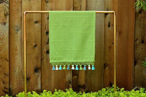 Joya Hand Towel with Mini Poms, Grass