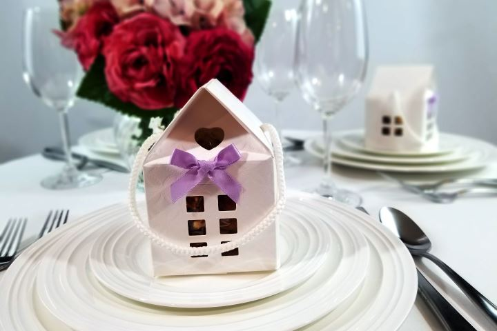 House Favor Box with Bow