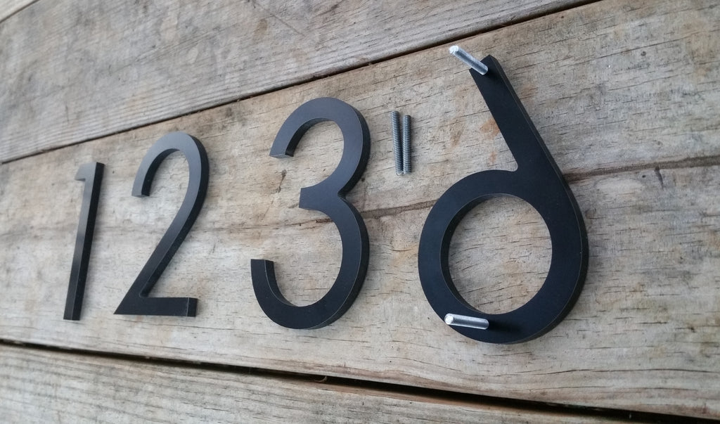 Attrayant ... 4u0027u0027 Modern House Numbers Black Metal Composite Stud Mounted Address  Numbers And Letters Minimalist ...