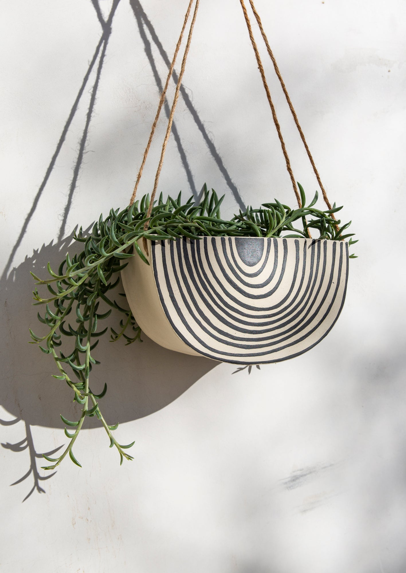 Hanging Planter Large | Rainbow Roads