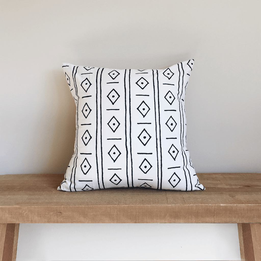 Diamonds | Organic Cotton Pillow
