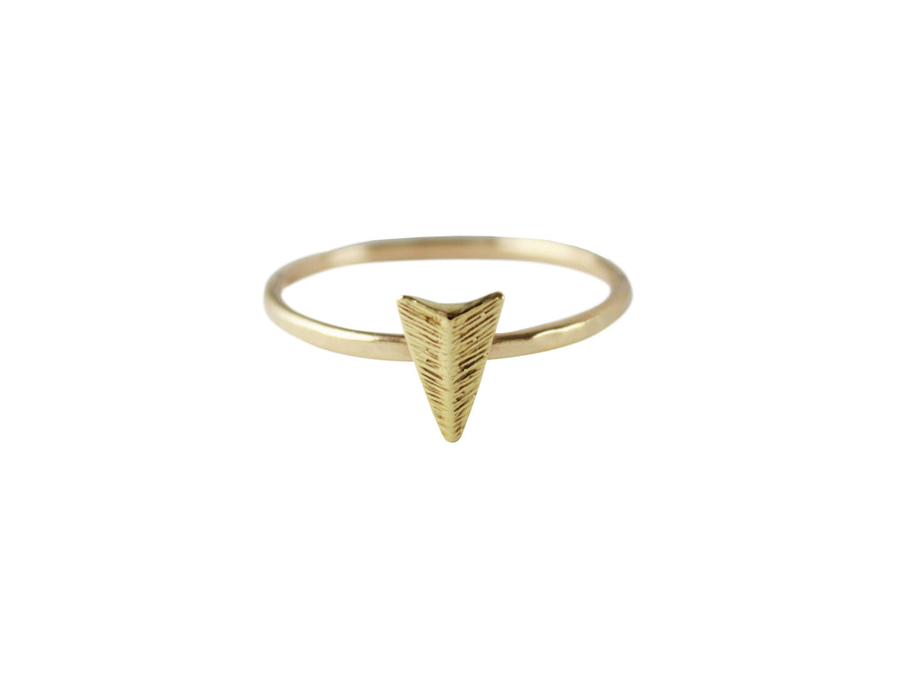 Thin Arrow Rings