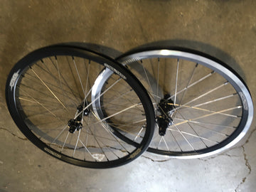 Box harmonic hubs laced to Stay Strong rims wheelset