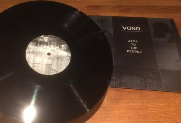 Vond Green Eyed Demon CD & Aids to The People LP Bundle