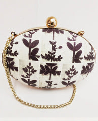 Clutches - Leaf  Round Box Clutch