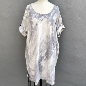 Grey | Day into Nightshirt | For Men & Women | Organic Cotton - Modern Shibori