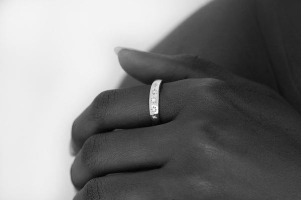 Star Set Diamond Band White Gold