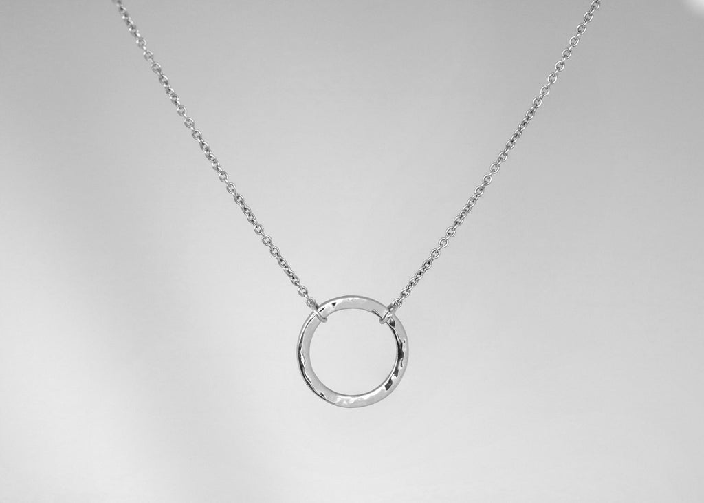 Hammer Finish Circle Necklace Rose Gold