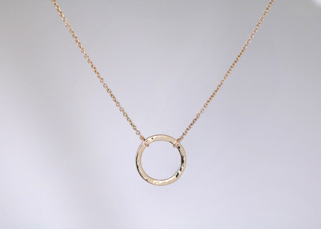 Hammer Finish Circle Necklace Yellow Gold