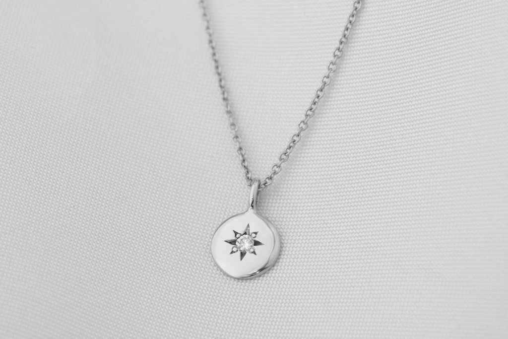 Star Set Diamond Round Necklace White Gold