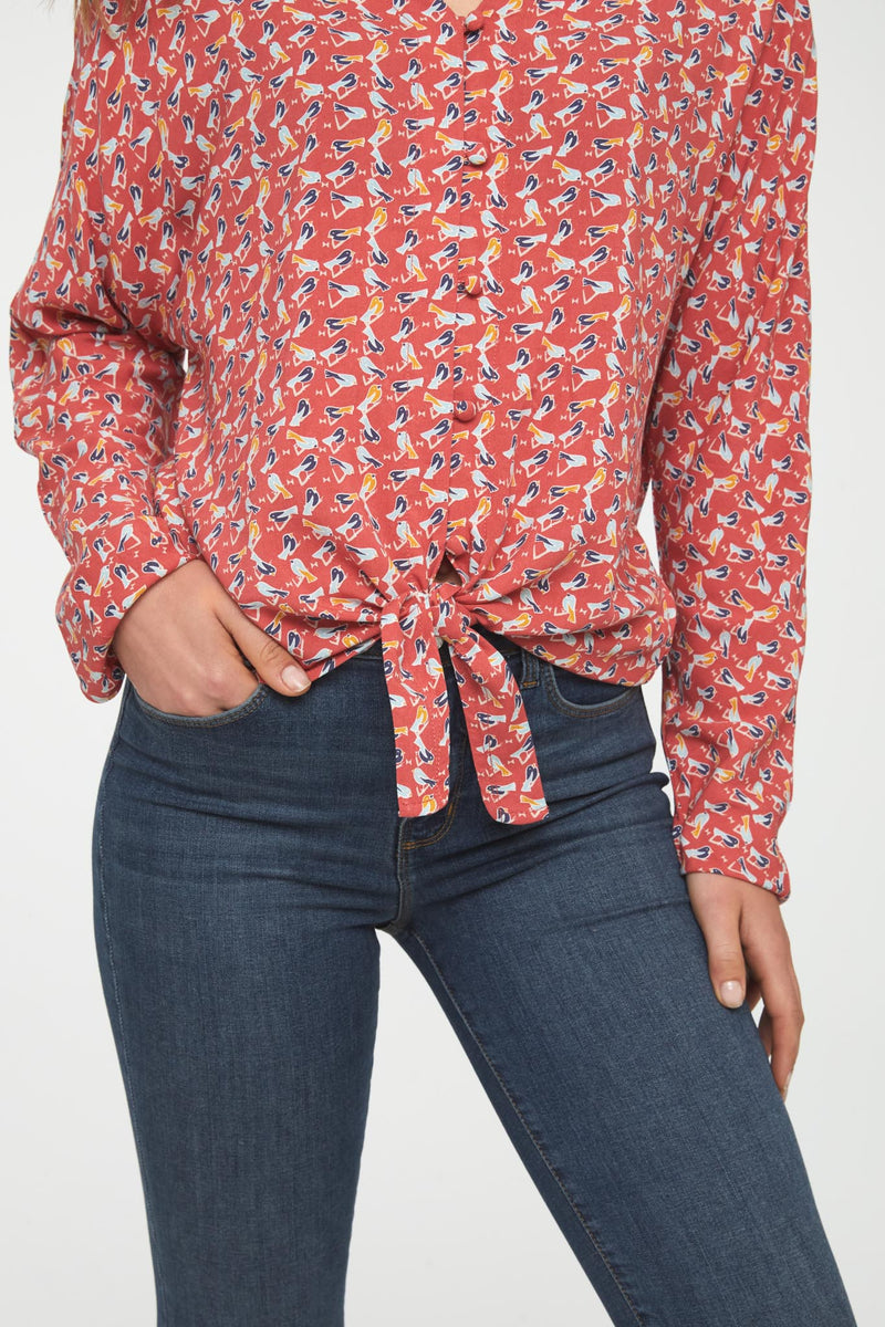 detail of self tie front of blouse