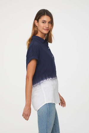 beachlunchlounge women's blue and white dip dye short sleeve top