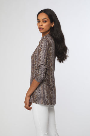 SHAYLAH SWEATER - NEUTRAL SNAKE