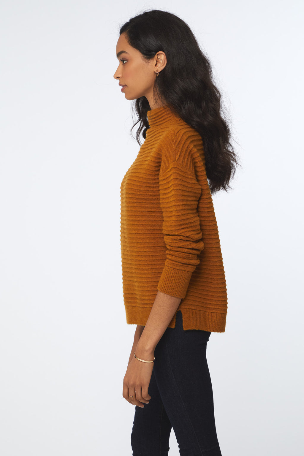 TYLEE SWEATER - GOLD