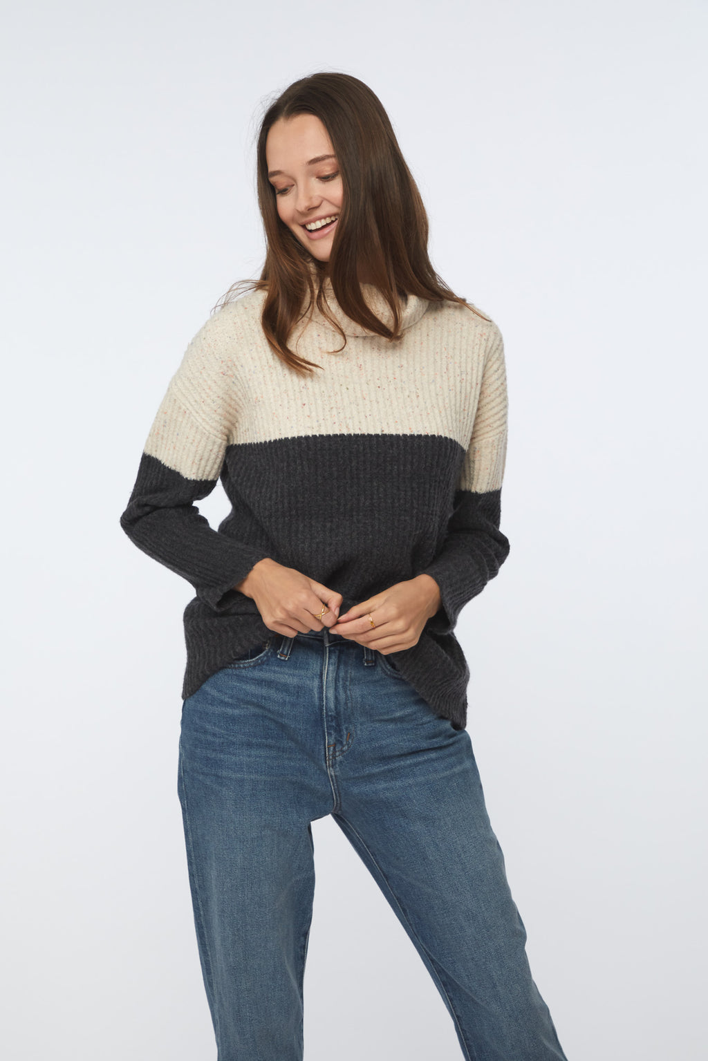 TALI SWEATER - CREAM CHARCOAL
