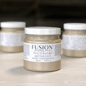 Champagne Gold Metallic - Fusion Mineral Paint, Paint, Fusion Mineral Paint,  Savvy Swatch