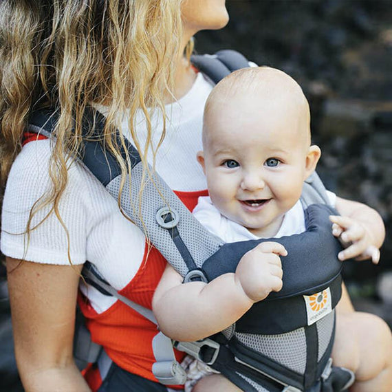Tips for Babywearing in Warmer Weather