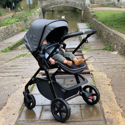 Parent Approved Review = Silver Cross Horizon Pushchair 1