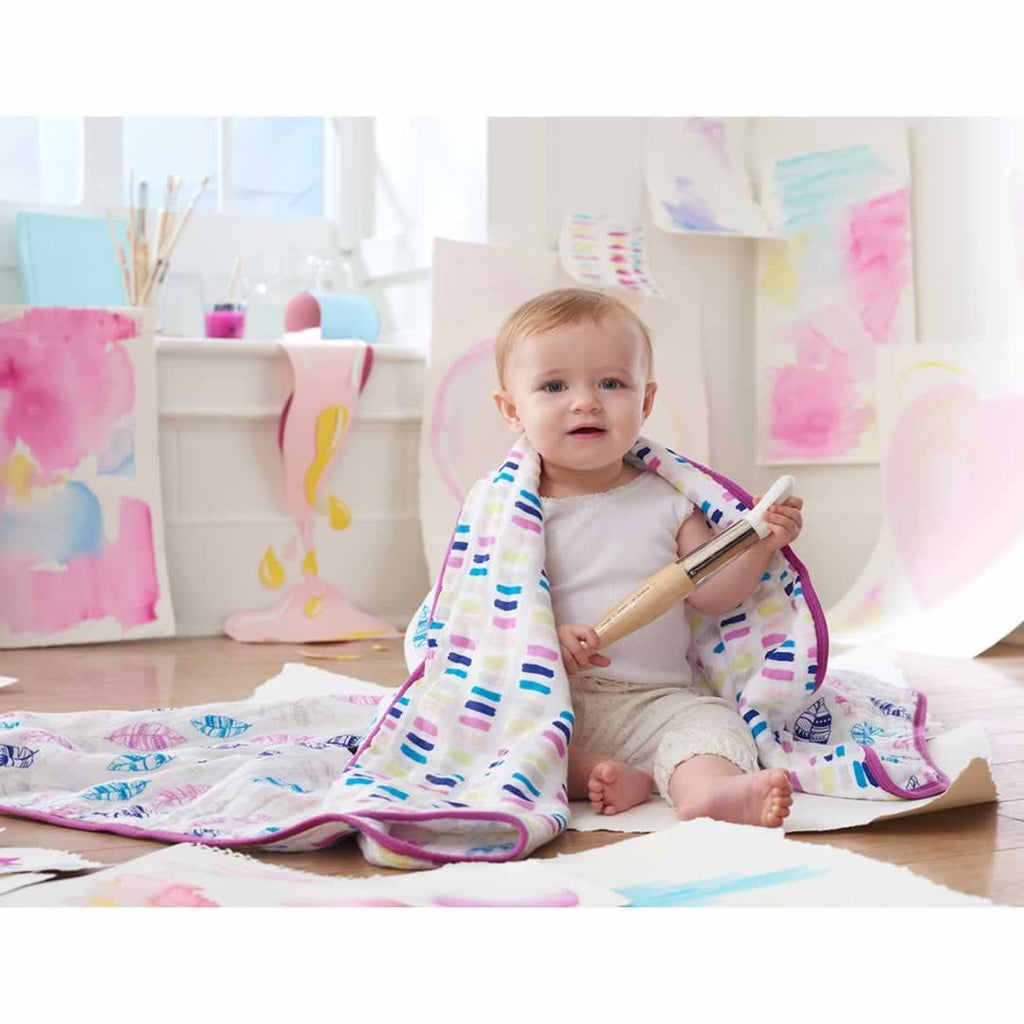 Aden & Anais Muslin Wink Dream Blanket Lifestyle