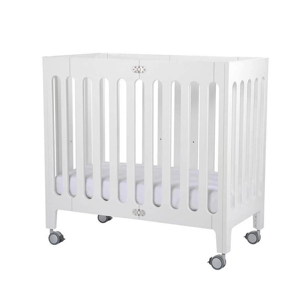 Bloom Alma Mini Crib Coconut White Side