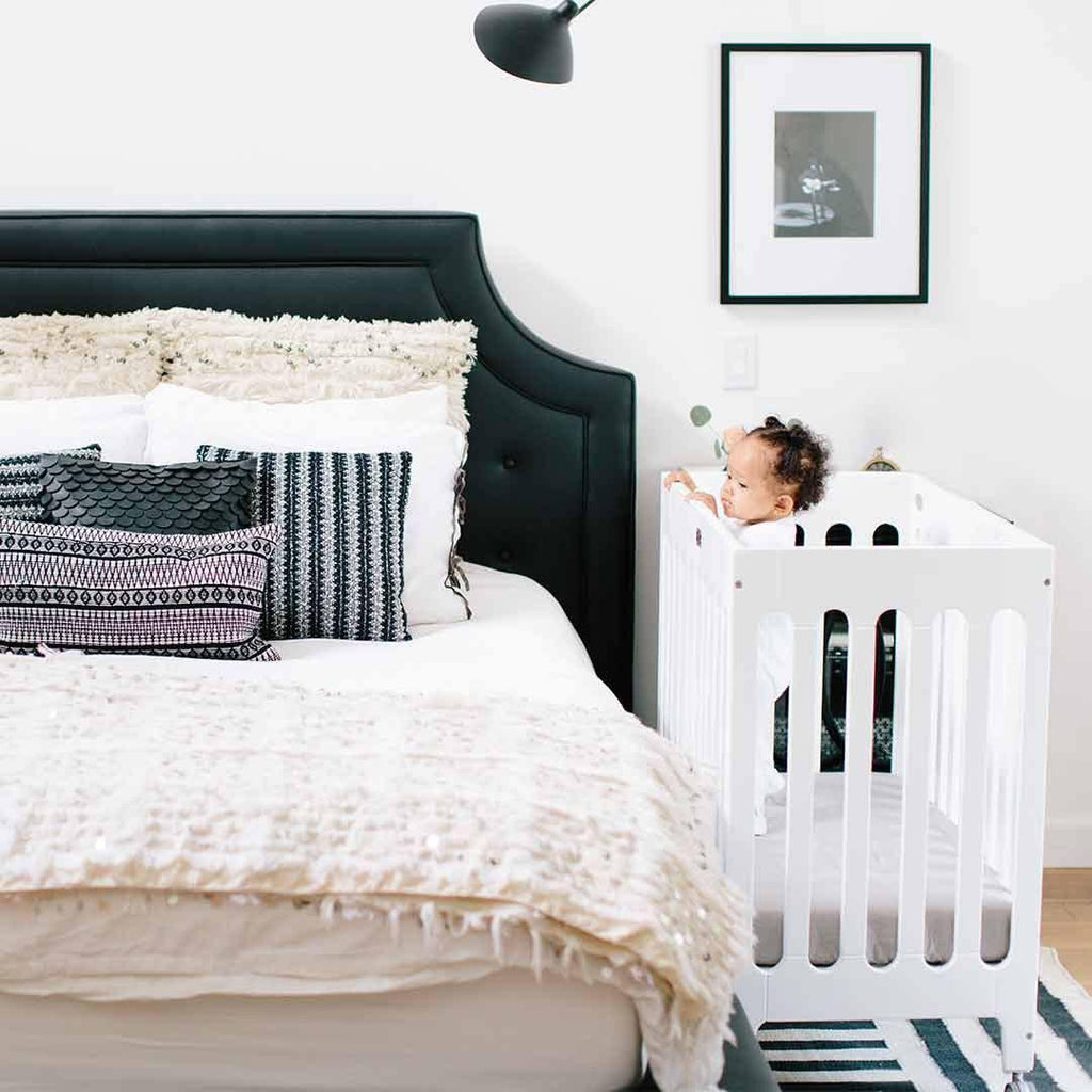 Bloom Alma Mini Crib Coconut White Lifestyle