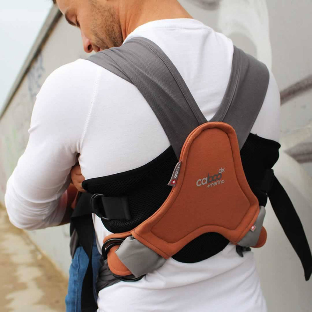 Close Caboo - DX + Merino Carrier Rust Lifestyle